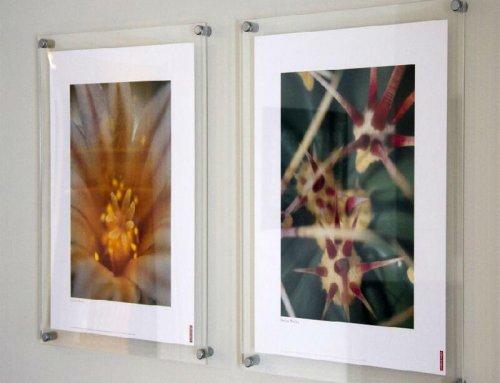 wall mount clear acrylic brochure holders, wall-mounted acrylic book holder